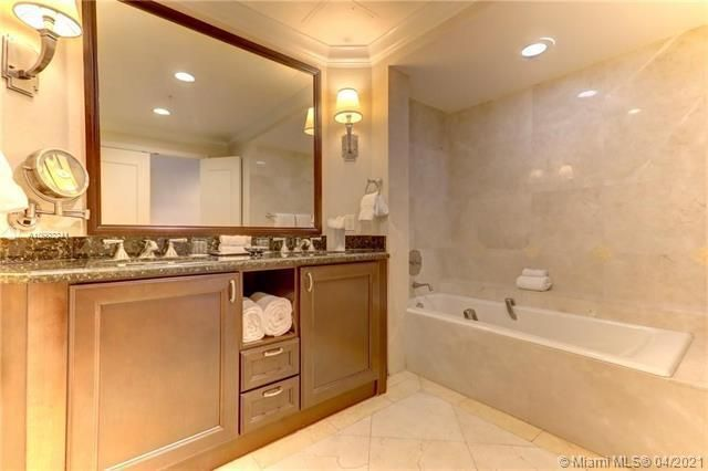 Atlantic Hotel Condominium for Sale - 601 N Ft Lauderdale Beach Blvd, Unit 902, Fort Lauderdale 33304, photo 5 of 29