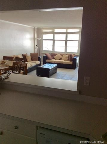 Sea Air Towers for Sale - 3725 S Ocean Dr, Unit 1115, Hollywood 33019, photo 10 of 16