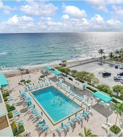 Sea Air Towers for Sale - 3725 S Ocean Dr, Unit 1115, Hollywood 33019, photo 4 of 16