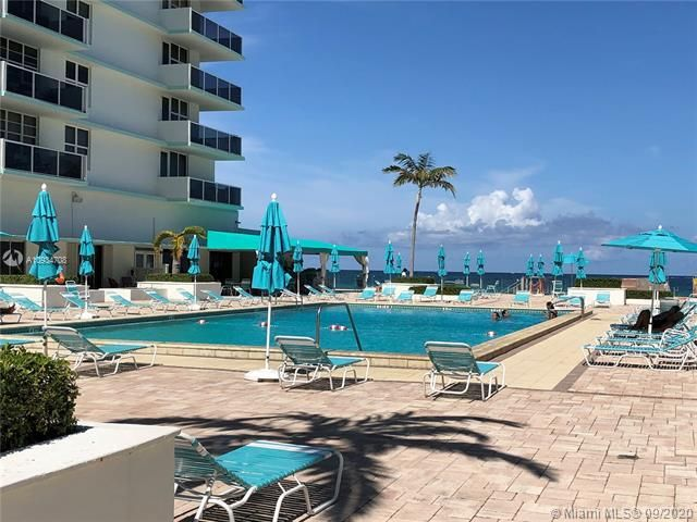 Sea Air Towers for Sale - 3725 S Ocean Dr, Unit 811, Hollywood 33019, photo 25 of 29