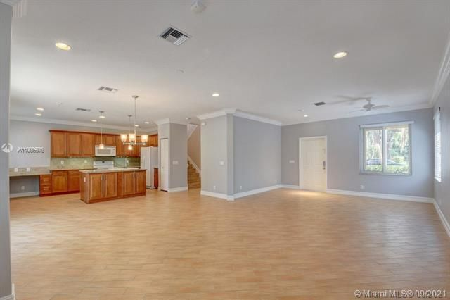 Regency Lakes At Coconut for Sale - 5032 Heron, Coconut Creek 33073, photo 12 of 63