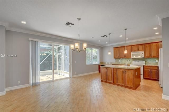 Regency Lakes At Coconut for Sale - 5032 Heron, Coconut Creek 33073, photo 16 of 63
