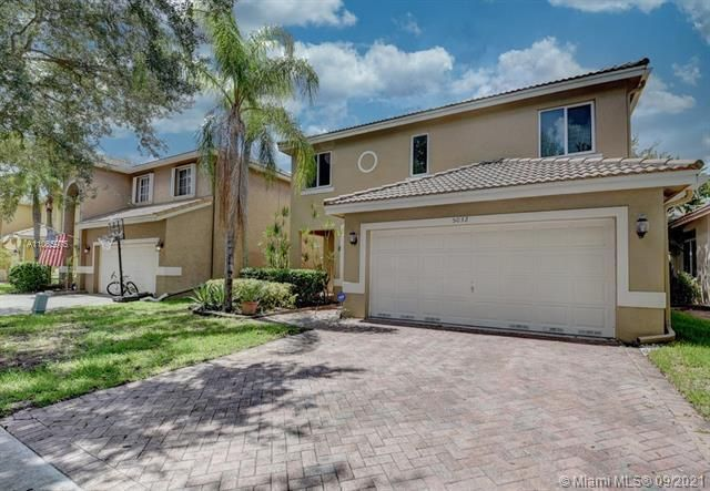 Regency Lakes At Coconut for Sale - 5032 Heron, Coconut Creek 33073, photo 2 of 63