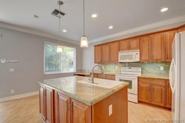 Regency Lakes At Coconut for Sale - 5032 Heron, Coconut Creek 33073, photo 26 of 63