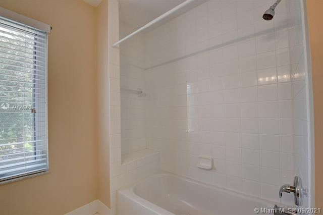 Regency Lakes At Coconut for Sale - 5032 Heron, Coconut Creek 33073, photo 30 of 63