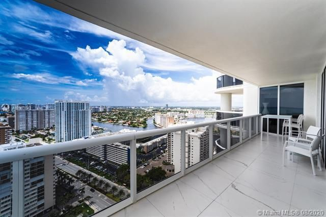 Beach Club I for Sale - 1850 S Ocean Dr, Unit 2905, Hallandale 33009, photo 3 of 38