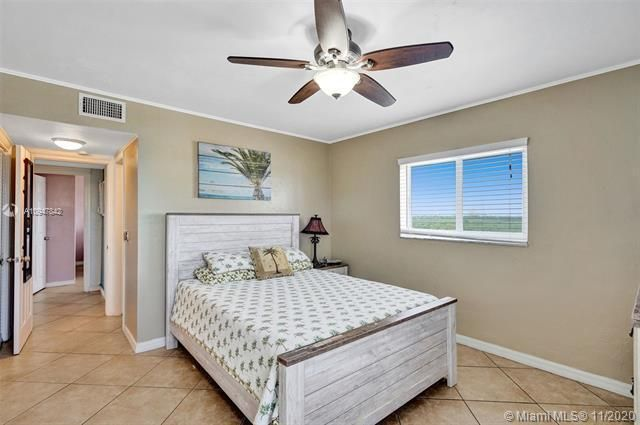 La Playa for Sale - 1815 N Surf Rd, Unit 703, Hollywood 33019, photo 28 of 46