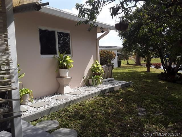 Paradise Gardens Sec 4 for Sale - 705 NW 73rd Terrace, Margate 33063, photo 29 of 40