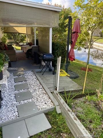 Paradise Gardens Sec 4 for Sale - 705 NW 73rd Terrace, Margate 33063, photo 33 of 40
