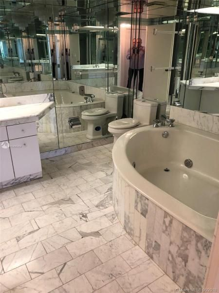 Turnberry Isle for Sale - 19667 Turnberry Way, Unit 6-C, Aventura 33180, photo 6 of 19