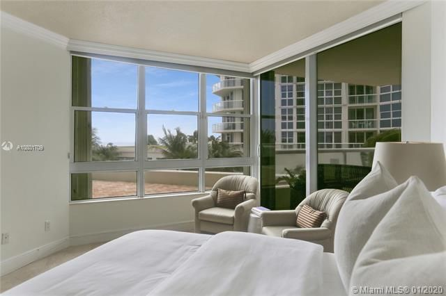 Renaissance On The Ocean for Sale - 6051 N Ocean Dr, Unit 302, Hollywood 33019, photo 11 of 31