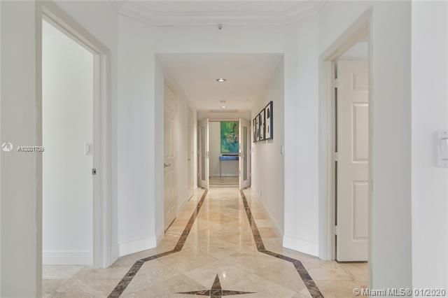 Renaissance On The Ocean for Sale - 6051 N Ocean Dr, Unit 302, Hollywood 33019, photo 2 of 31