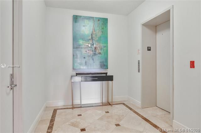 Renaissance On The Ocean for Sale - 6051 N Ocean Dr, Unit 302, Hollywood 33019, photo 3 of 31