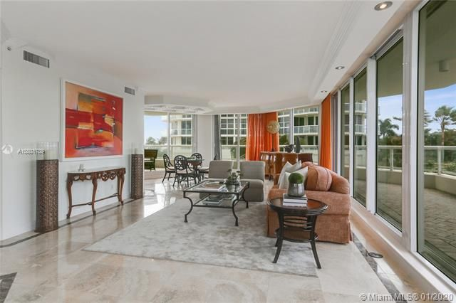 Renaissance On The Ocean for Sale - 6051 N Ocean Dr, Unit 302, Hollywood 33019, photo 5 of 31