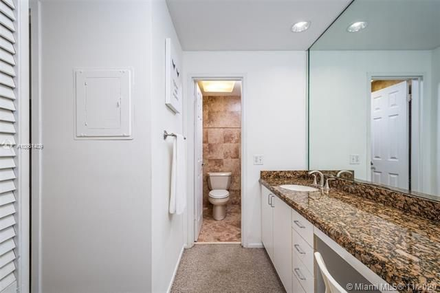 Alexander Towers for Sale - 3505 S Ocean Dr, Unit 1402, Hollywood 33019, photo 11 of 21