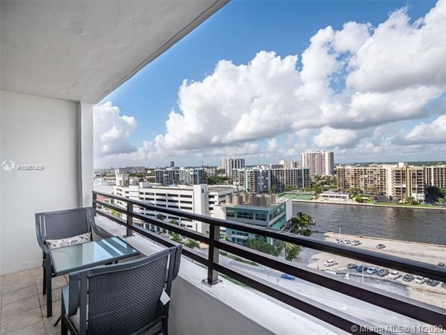 Alexander Towers for Sale - 3505 S Ocean Dr, Unit 1402, Hollywood 33019, photo 17 of 21