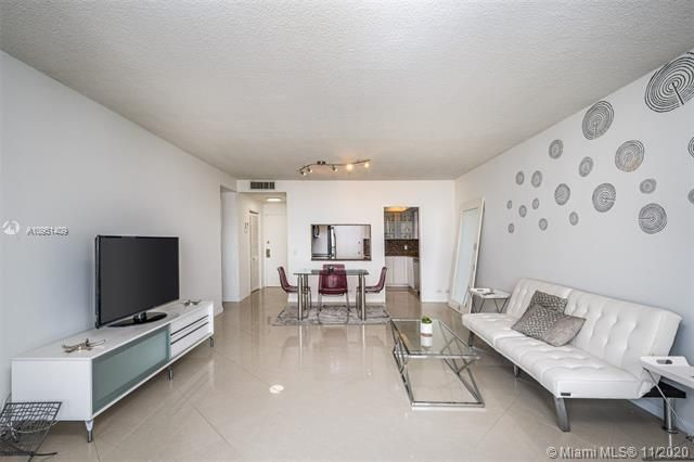 Alexander Towers for Sale - 3505 S Ocean Dr, Unit 1402, Hollywood 33019, photo 6 of 21