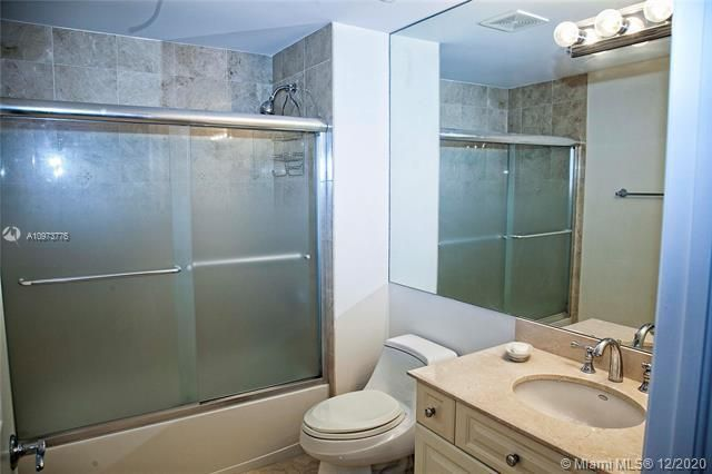 L'Hermitage for Sale - 3200 N Ocean Blvd, Unit 1402, Fort Lauderdale 33308, photo 24 of 30