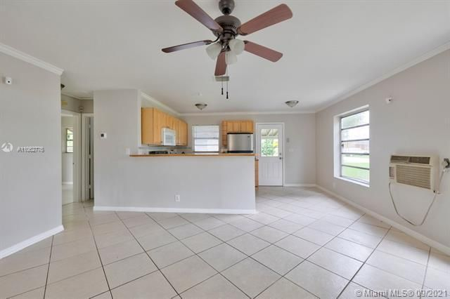 North Margate 1st Add for Sale - 6308 NW 24th, Margate 33063, photo 12 of 30