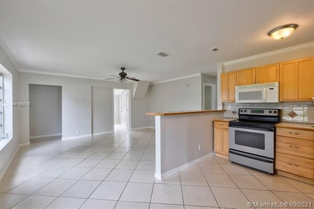 North Margate 1st Add for Sale - 6308 NW 24th, Margate 33063, photo 17 of 30