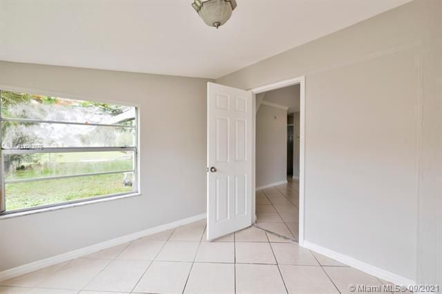 North Margate 1st Add for Sale - 6308 NW 24th, Margate 33063, photo 20 of 30