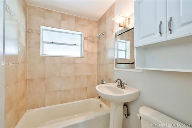 North Margate 1st Add for Sale - 6308 NW 24th, Margate 33063, photo 25 of 30