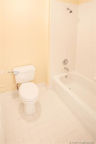Holiday Springs Village S for Sale - 7570 NW 29th St, Margate 33063, photo 24 of 40