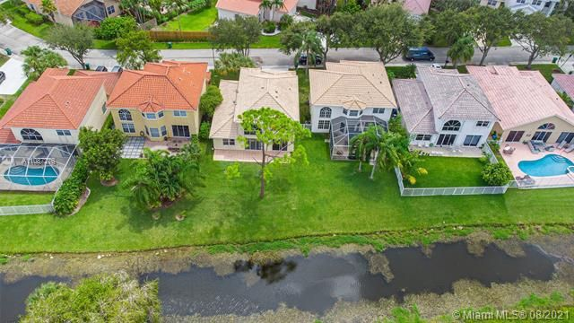 Holiday Springs Village S for Sale - 7570 NW 29th St, Margate 33063, photo 31 of 40