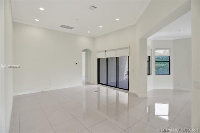Heron Bay for Sale - 11535 NW 82nd Ct, Parkland 33076, photo 13 of 87