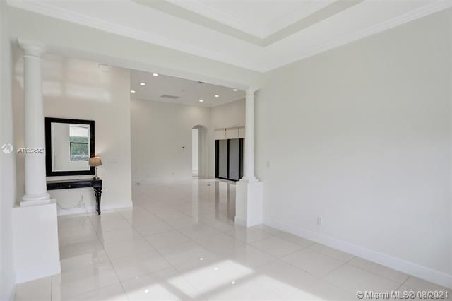Heron Bay for Sale - 11535 NW 82nd Ct, Parkland 33076, photo 16 of 87