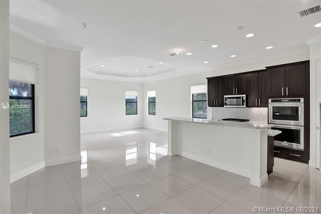Heron Bay for Sale - 11535 NW 82nd Ct, Parkland 33076, photo 21 of 87