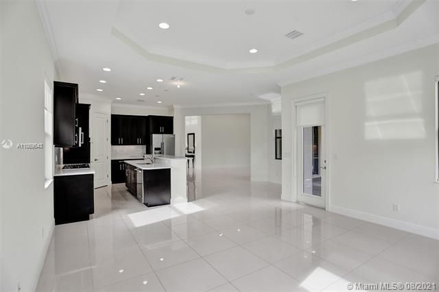 Heron Bay for Sale - 11535 NW 82nd Ct, Parkland 33076, photo 25 of 87