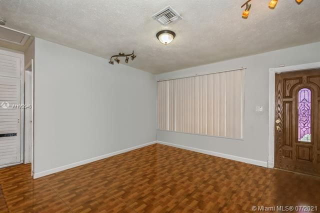 Larkdale Unit 4 for Sale - 3161 NW 14th St, Lauderhill 33311, photo 2 of 27