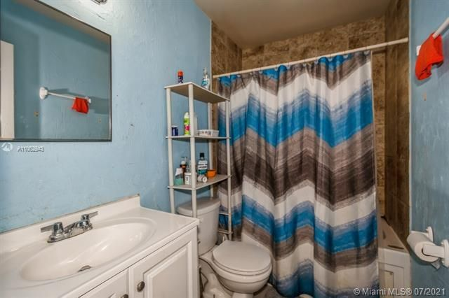 Larkdale Unit 4 for Sale - 3161 NW 14th St, Lauderhill 33311, photo 25 of 27