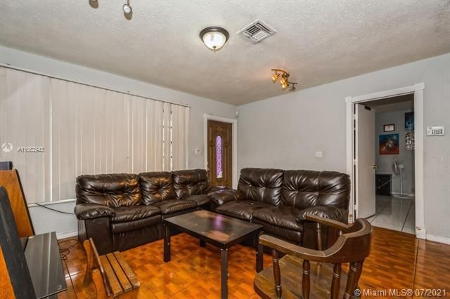 Larkdale Unit 4 for Sale - 3161 NW 14th St, Lauderhill 33311, photo 5 of 27