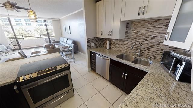 Alexander Towers for Sale - 3505 S Ocean Dr, Unit 316, Hollywood 33019, photo 10 of 33