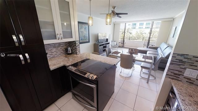 Alexander Towers for Sale - 3505 S Ocean Dr, Unit 316, Hollywood 33019, photo 13 of 33
