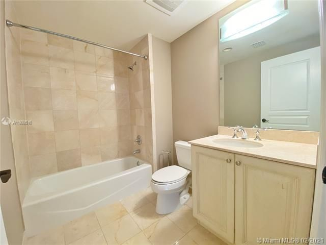 Europa By The Sea for Sale - 1460 S Ocean Blvd, Unit 1403, Lauderdale-By-The-Sea 33062, photo 12 of 27