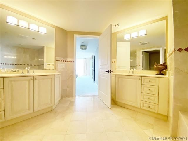Europa By The Sea for Sale - 1460 S Ocean Blvd, Unit 1403, Lauderdale-By-The-Sea 33062, photo 5 of 27