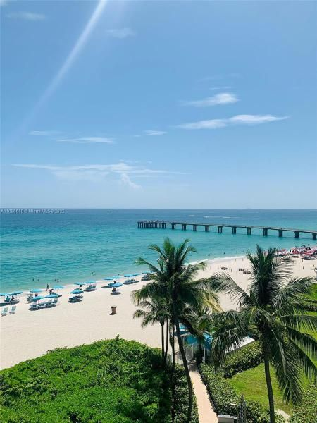 Sands Pointe for Sale - 16711 Collins Ave, Unit 1403, Sunny Isles 33160, photo 1 of 32