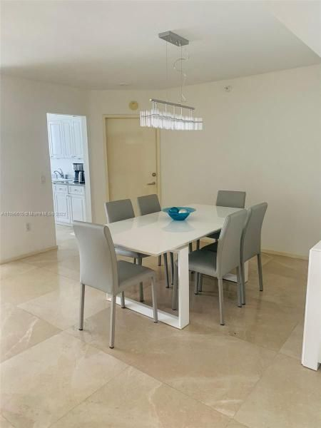 Sands Pointe for Sale - 16711 Collins Ave, Unit 1403, Sunny Isles 33160, photo 4 of 32