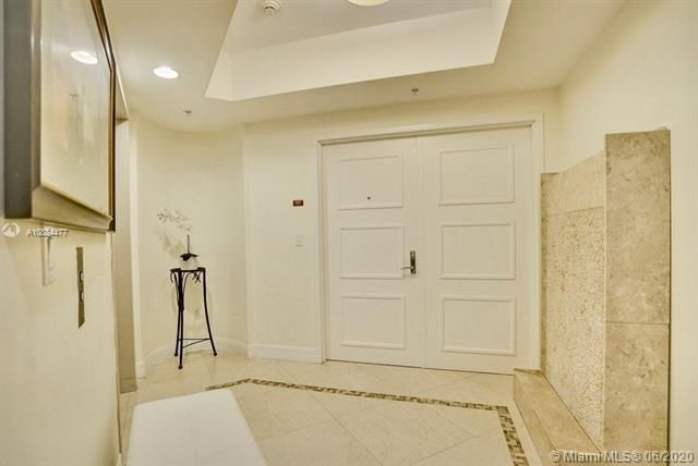 Diplomat Oceanfront Residences for Sale - 3535 S Ocean Dr, Unit 601, Hollywood 33019, photo 4 of 23