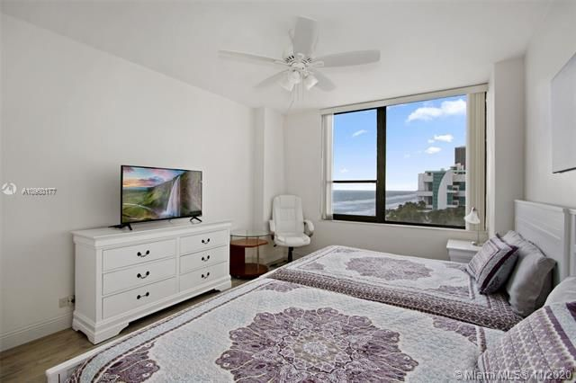 Alexander Towers for Sale - 3505 S Ocean Dr, Unit 914, Hollywood 33019, photo 10 of 20