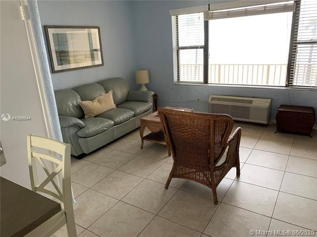 Ocean Grande for Sale - 3300 N Surf Rd, Unit 18A, Hollywood 33019, photo 11 of 22