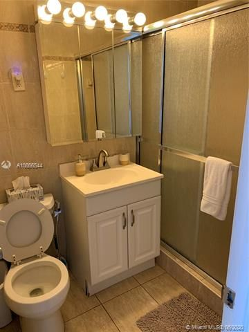 Ocean Grande for Sale - 3300 N Surf Rd, Unit 18A, Hollywood 33019, photo 14 of 22