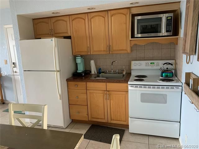 Ocean Grande for Sale - 3300 N Surf Rd, Unit 18A, Hollywood 33019, photo 19 of 22