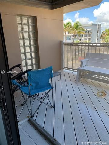 Ocean Grande for Sale - 3300 N Surf Rd, Unit 18A, Hollywood 33019, photo 7 of 22