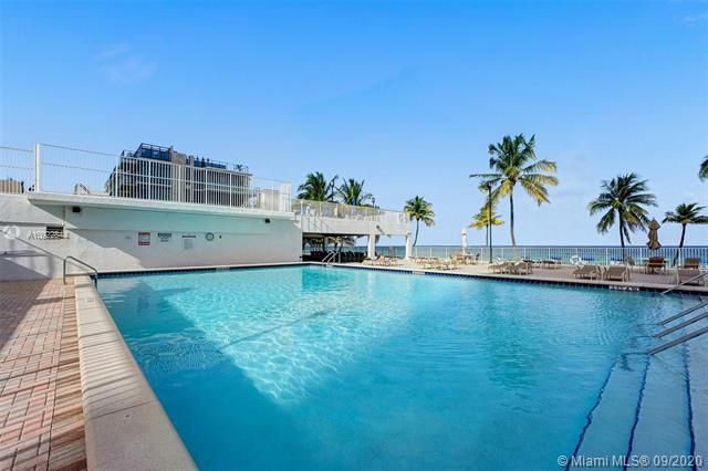 Quadomain for Sale - 2101 S Ocean Dr, Unit 2202, Hollywood 33019, photo 23 of 37