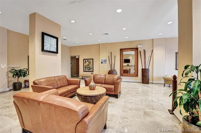 Quadomain for Sale - 2101 S Ocean Dr, Unit 2202, Hollywood 33019, photo 35 of 37