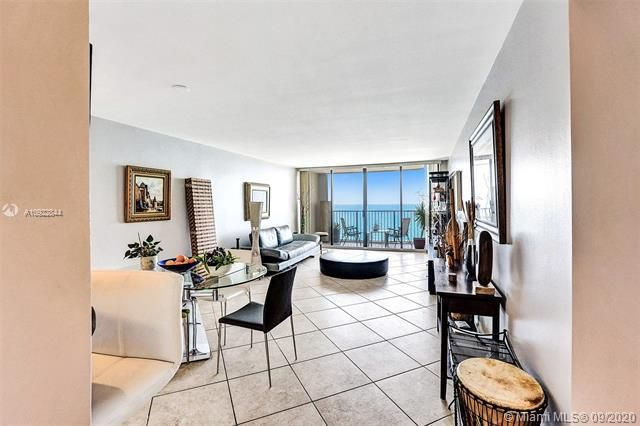 Quadomain for Sale - 2101 S Ocean Dr, Unit 2202, Hollywood 33019, photo 4 of 37